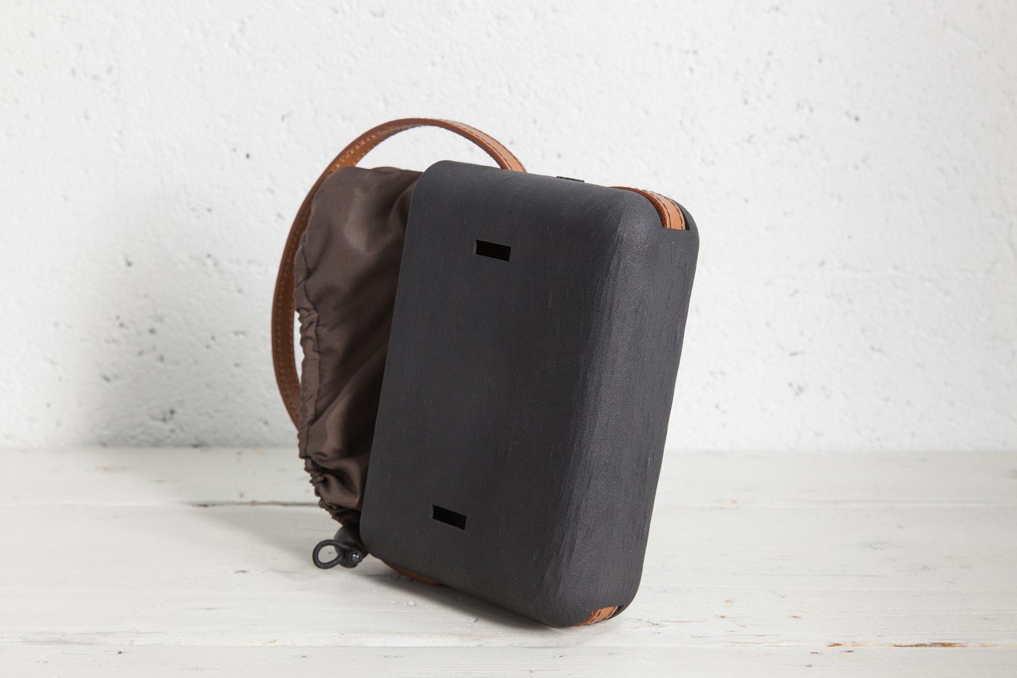 XYZBag. Dada 2. 3D handbag designed as unique items, through a co-created digital sartorial manufacturing process.